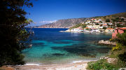 Сонячна Греція чекає на Вас