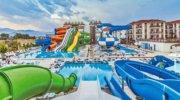Классный семейный отель с массой развлечений для детей