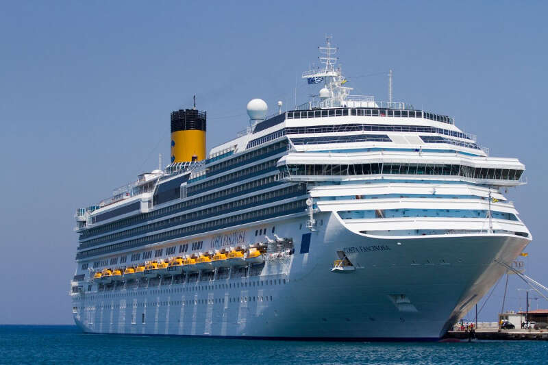 Відкрий Середземномор\'я по-новому на лайнері Costa Fascinosa 5*!