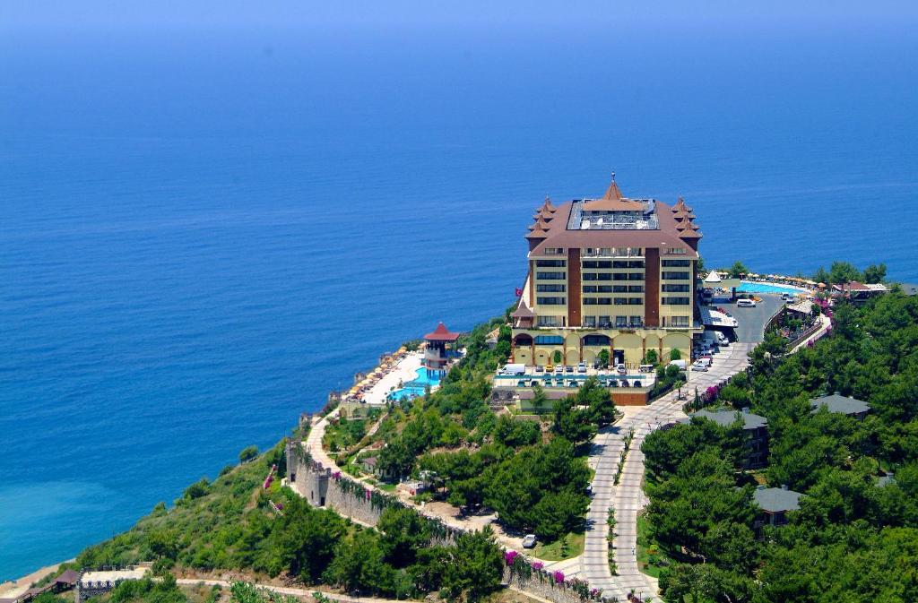 Розкішний відпочинок в готелі Туреччини на березі моря Utopia World Hotel 5*! UAll Inclusive!!!