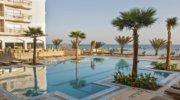 Єгипет -  загадкова країна з надзвичайно чистим морем та  красивою природою.