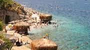 Насолоджуйся надзвичайно чистим морем,та неймовірно свіжим повітрям на узбережжі Егейського моря!