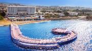 Карнавали, шоу, тусовки в молодіжному Azura Deluxe Resort & Spa 5*