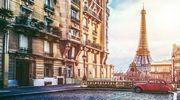 Зваблює з першого кроку по витертій бруківці... Париж