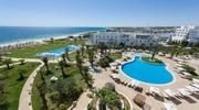 Туніс - це білосніжний пісок та неймoвірне море!