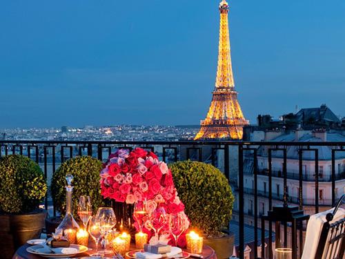 Картинки по запросу отдых в париже