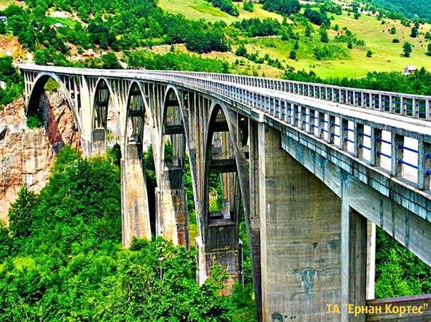 Загадкова та цікава Чорногорія