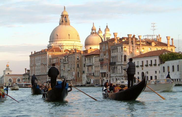 Венеціанські канікули